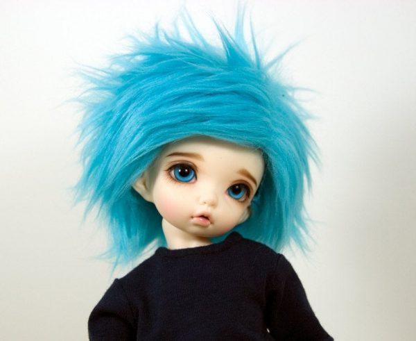 6/7 Blue Wig
