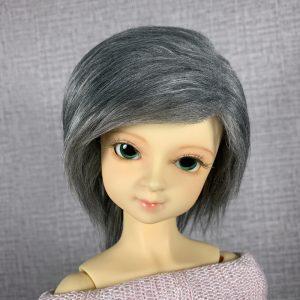 8/9 Grey Wig
