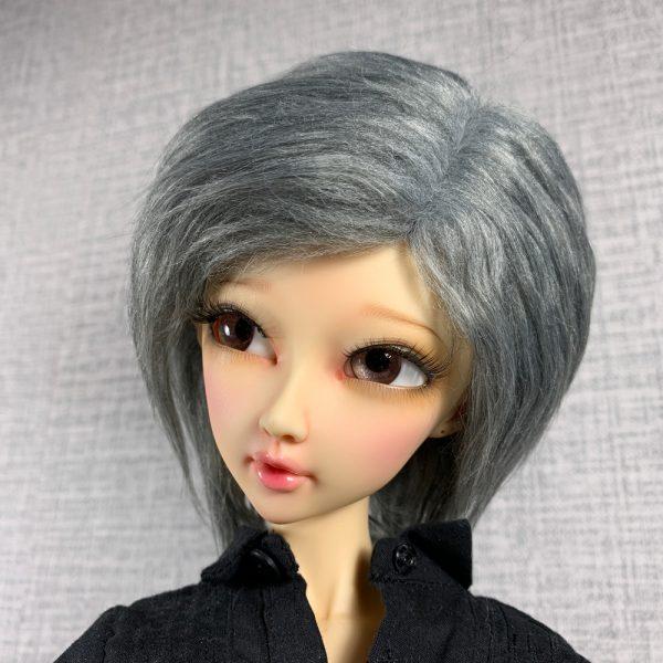 9/10 Grey Wig
